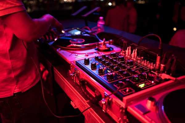 Band-or-DJ-party-dance-buffalo-NY1